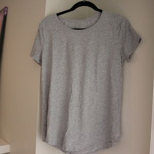Lululemon Women's Gray Tee